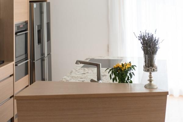 Küchenarbeitsplatte Granit, Oberfläche poliert